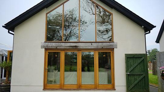 Jakie okna wybrać do domu jednorodzinnego