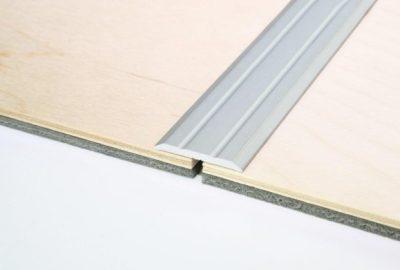 Jak zamontować listwy progowe?